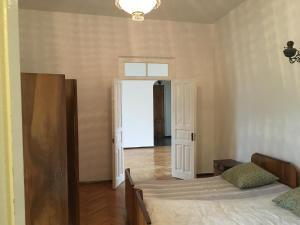 House Ana Kalandadze 31, Penzióny  Batumi - big - 14