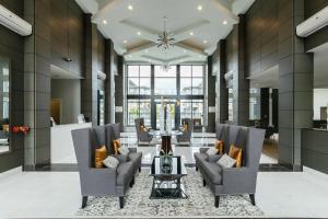 Brand New 2BDR 1BA Condo in Richmond Prime Location near Walmart, Apartments  Richmond - big - 6
