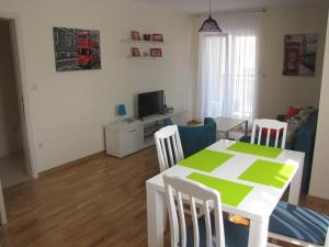 Apartment Great, Ferienwohnungen  Podgorica - big - 11