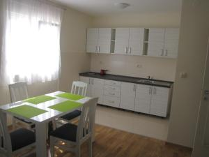 Apartment Great, Ferienwohnungen  Podgorica - big - 6