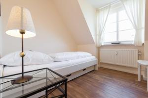 _Arnfried_ Whg 5, Apartmány  Wenningstedt - big - 4