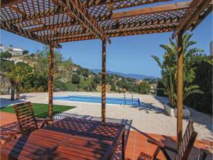 Four-Bedroom Holiday Home in St. Cebria de Vallalta, Ferienhäuser  San Cipriano de Vallalta - big - 38