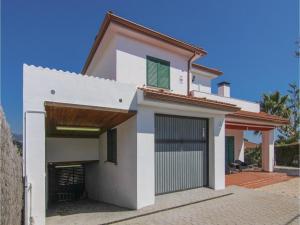 Four-Bedroom Holiday Home in St. Cebria de Vallalta, Holiday homes  San Cipriano de Vallalta - big - 4