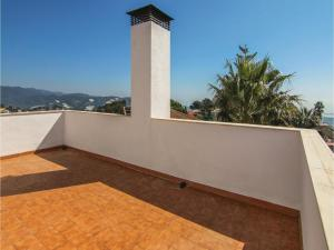 Four-Bedroom Holiday Home in St. Cebria de Vallalta, Holiday homes  San Cipriano de Vallalta - big - 34