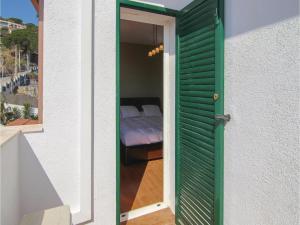 Four-Bedroom Holiday Home in St. Cebria de Vallalta, Holiday homes  San Cipriano de Vallalta - big - 33