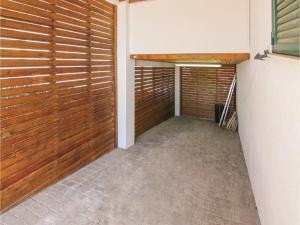 Four-Bedroom Holiday Home in St. Cebria de Vallalta, Holiday homes  San Cipriano de Vallalta - big - 32
