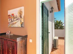 Four-Bedroom Holiday Home in St. Cebria de Vallalta, Ferienhäuser  San Cipriano de Vallalta - big - 9