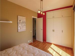 Four-Bedroom Holiday Home in St. Cebria de Vallalta, Ferienhäuser  San Cipriano de Vallalta - big - 14