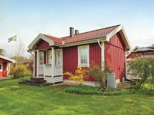 Four Bedroom Holiday home with a Fireplace in Sölvesborg