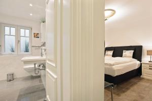 Landhaus _Berthin_Bleeg_ App_ 4 Bu, Appartamenti  Wenningstedt - big - 8