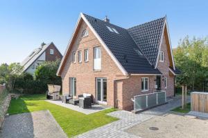 Wohnen und Mee_h_r_ App_ 1, Apartmanok  Wenningstedt - big - 16