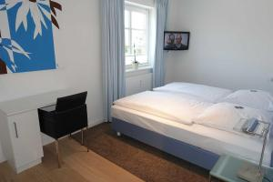 Suederwung 12 _ Appartement 1, Apartmanok  Wenningstedt - big - 9