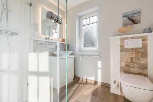 Wohnen und Mee_h_r_ App_ 1, Apartmanok  Wenningstedt - big - 8