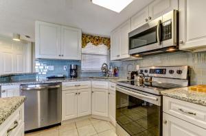 203 Sailmaker, Apartments  Amelia Island - big - 25