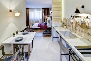 Spacious and bright apartment in city center - фото 5