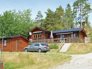 Two Bedroom Holiday Home in Uddevalla