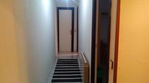 Centro Almudena, Apartmanok  Madrid - big - 10