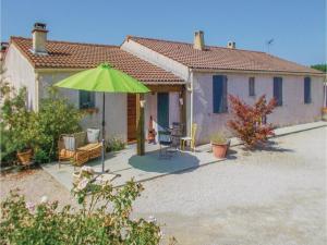 Four-Bedroom Holiday Home in Aubignan, Nyaralók  Aubignan - big - 1