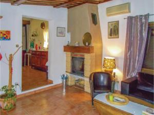 Four-Bedroom Holiday Home in Aubignan, Nyaralók  Aubignan - big - 6
