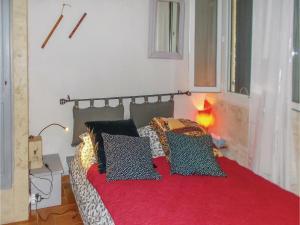 Four-Bedroom Holiday Home in Aubignan, Nyaralók  Aubignan - big - 3