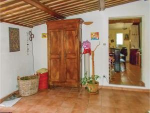 Four-Bedroom Holiday Home in Aubignan, Nyaralók  Aubignan - big - 5