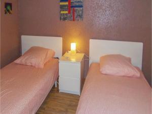 Four-Bedroom Holiday Home in Aubignan, Nyaralók  Aubignan - big - 8