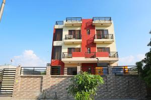OYO Flagship Noida Sector 72