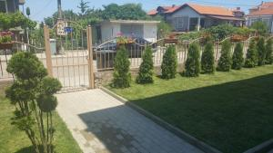 For Friends Guest House, Vily  Chernomorets - big - 12