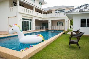 Play Pool Villa Pattaya