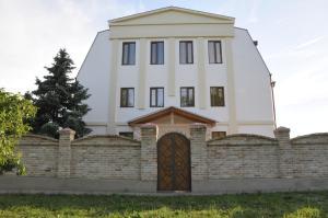 Dom Fedorovych