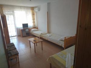 House Ogledalovi, Guest houses  Pomorie - big - 4