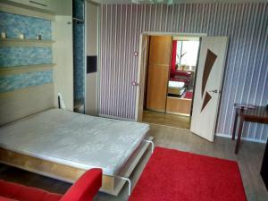 Apartment on Akademika Koroleva 21