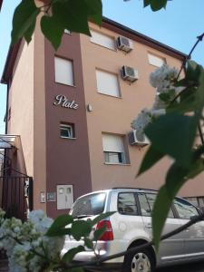 Apartments Platz