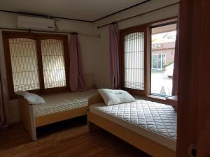 David Guesthouse, Guest houses  Jeju - big - 4