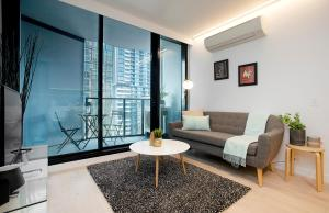 CENTRAL CBD Stylish Pad 2BD with views *WIFI