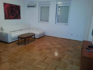 Bulatovic Five Stars Apartment, Апартаменты  Бар - big - 20