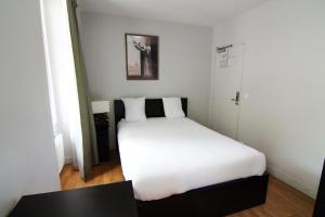Париж - Hotel Le Daly's