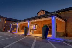 Best Western Rockingham Forest Hotel, Отели  Корби - big - 54