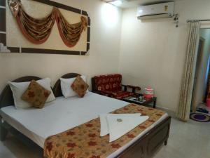 Hotel Neeraj, Отели  Джайсалмер - big - 4