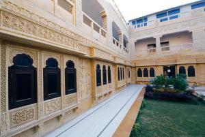 Hotel Neeraj, Отели  Джайсалмер - big - 21
