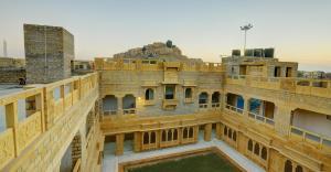 Hotel Neeraj, Отели  Джайсалмер - big - 28