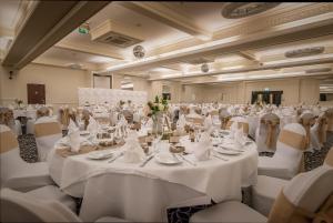 Best Western Rockingham Forest Hotel, Отели  Корби - big - 50