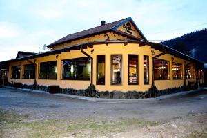 Casa Mika Ciobanus