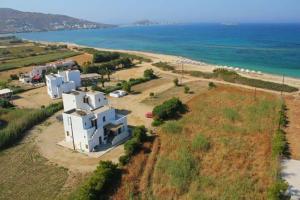 obrázek - Nostos Plaka Beach