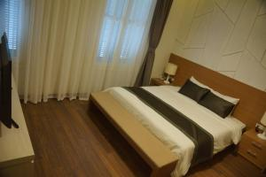 Hung Vuong Hotel, Hotels  Hanoi - big - 4