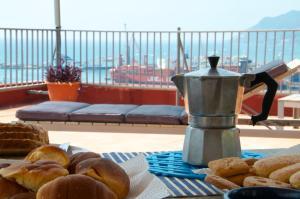 Domina Fluctuum - Penthouse in Salerno Amalfi Coast, Appartamenti  Salerno - big - 7