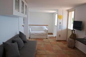 Domina Fluctuum - Penthouse in Salerno Amalfi Coast, Apartmány  Salerno - big - 9