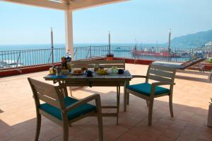 Domina Fluctuum - Penthouse in Salerno Amalfi Coast, Appartamenti  Salerno - big - 15