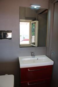 Domina Fluctuum - Penthouse in Salerno Amalfi Coast, Appartamenti  Salerno - big - 17