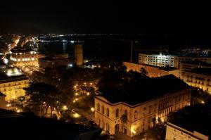 Domina Fluctuum - Penthouse in Salerno Amalfi Coast, Apartmány  Salerno - big - 23